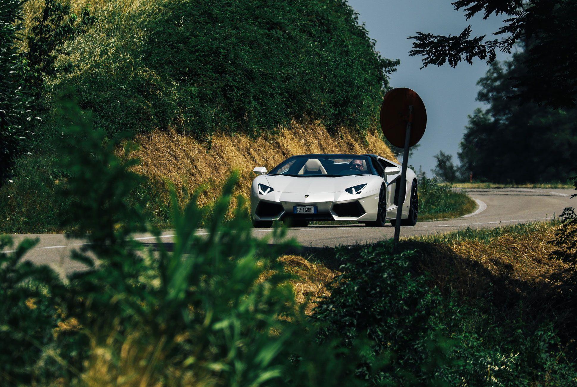Lamborghini-Aventador-Roadster-Gear-Patrol-Slide-10