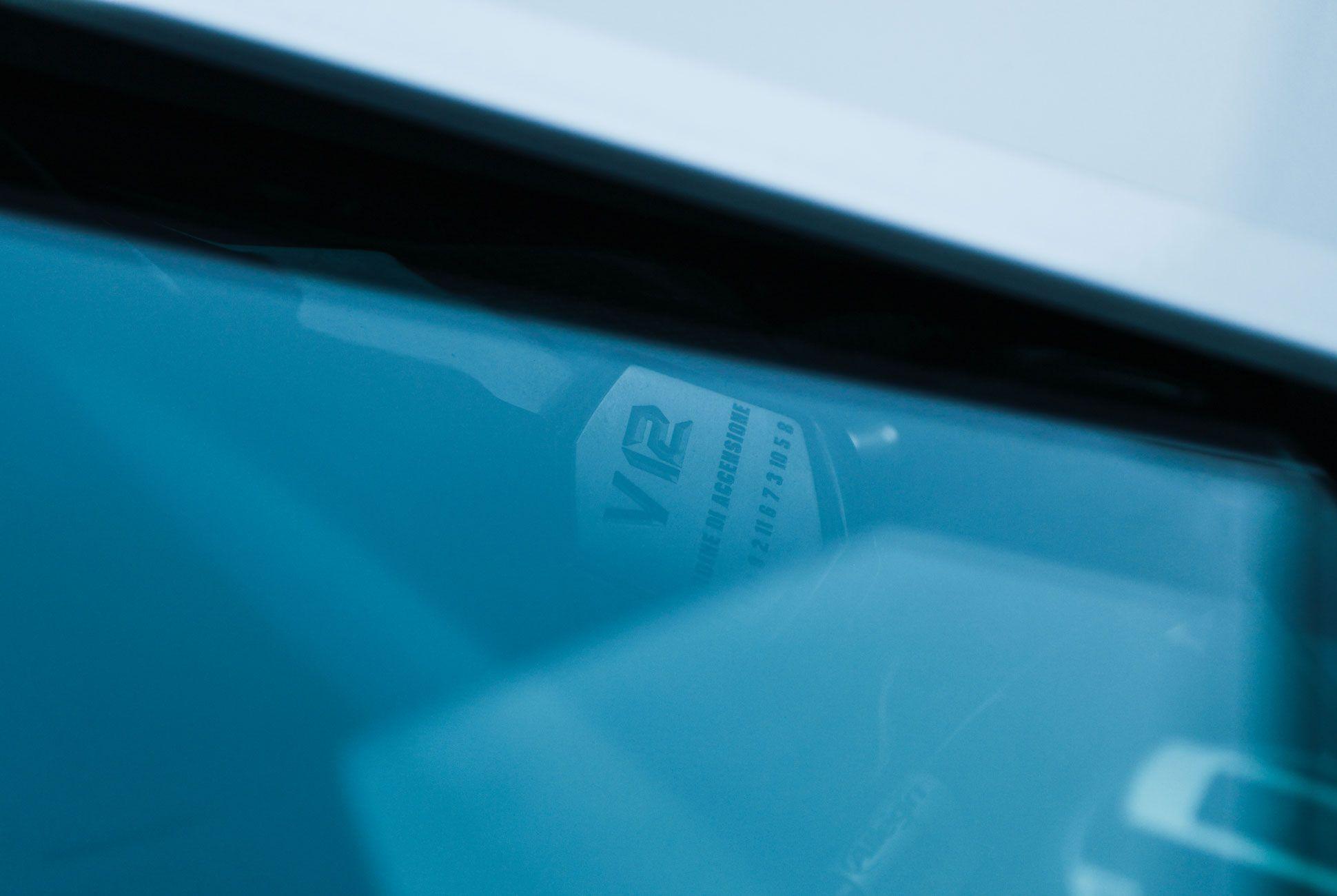Lamborghini-Aventador-Roadster-Gear-Patrol-Slide-5