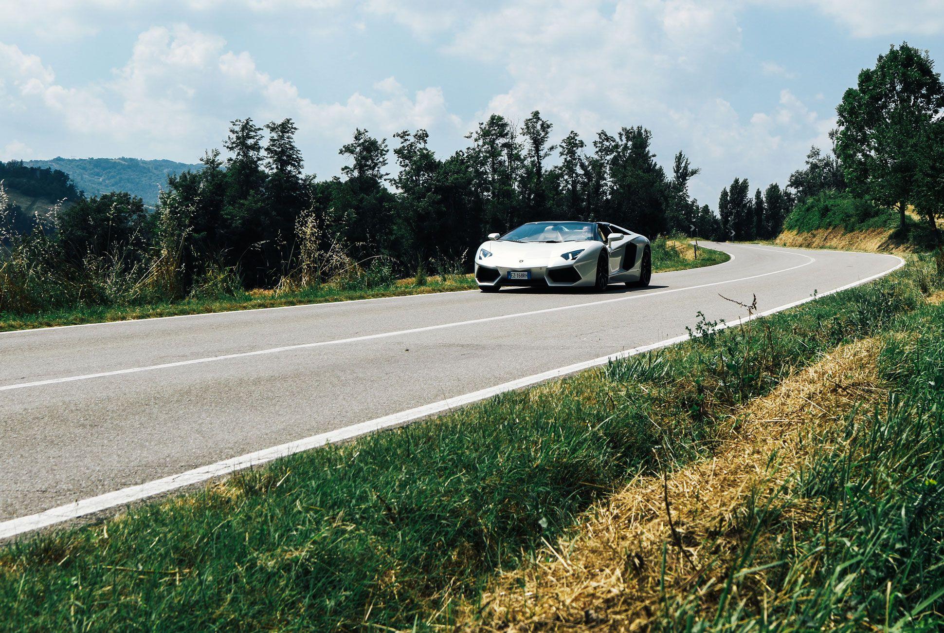 Lamborghini-Aventador-Roadster-Gear-Patrol-Slide-8