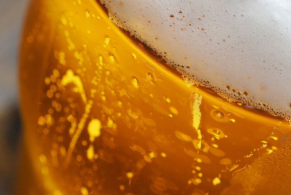Summer-Beer-Guide-Gear-Patrol-Lead-Full