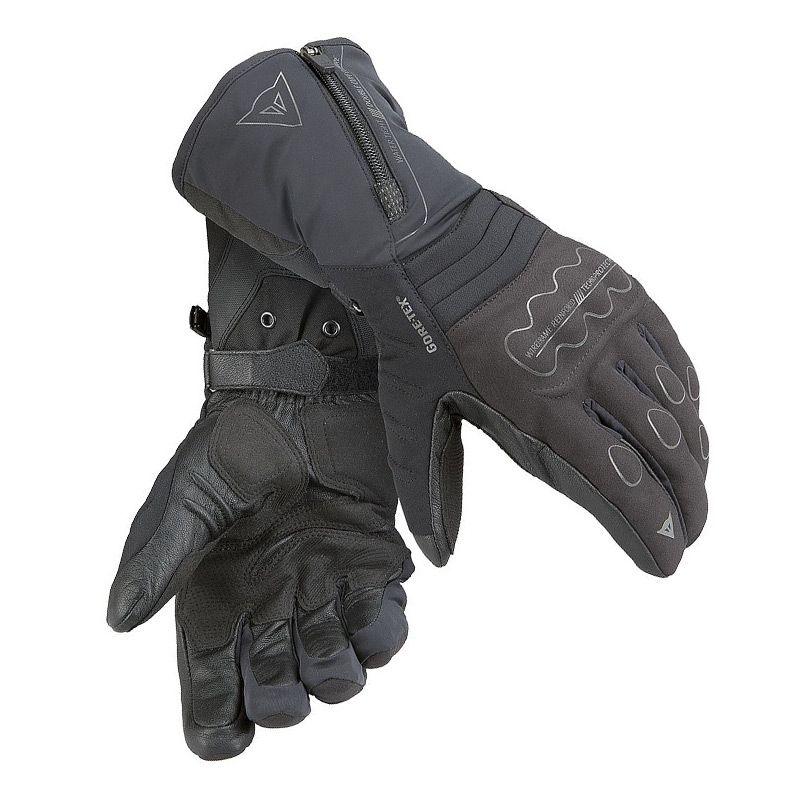 autumn-moto-gloves-gear-patrol-jerico-evo
