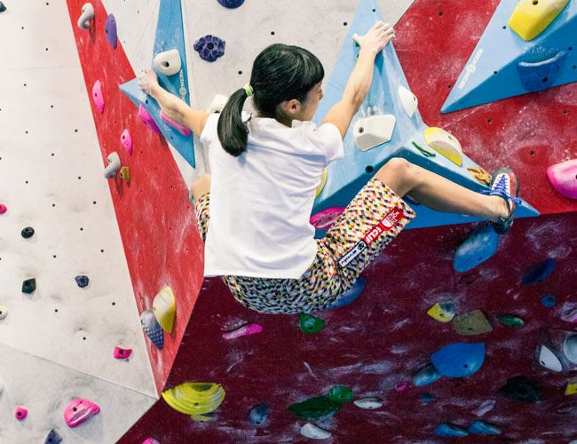 workouts-for-climbers-gear-patrol-stretch