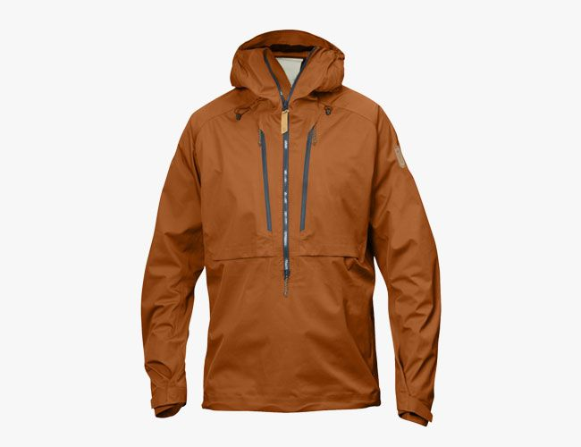 rain-jackets-16-gear-patrol-fjallraven