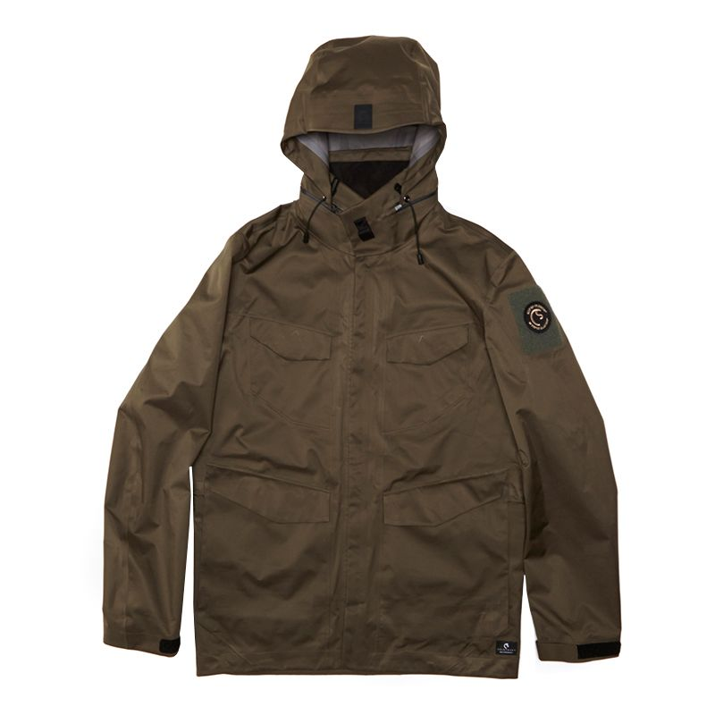 coldsmoke-apparel-gear-patrol-800