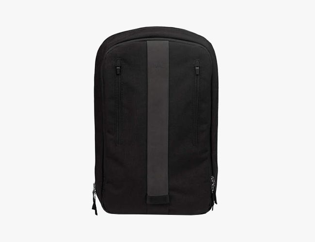 rapha-backpack-gear-patrol-650