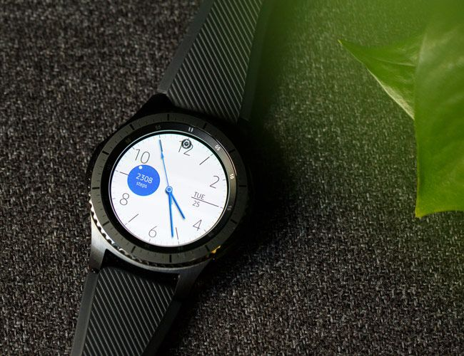 Can the Gear S3 Smartwatch Redeem Samsung?