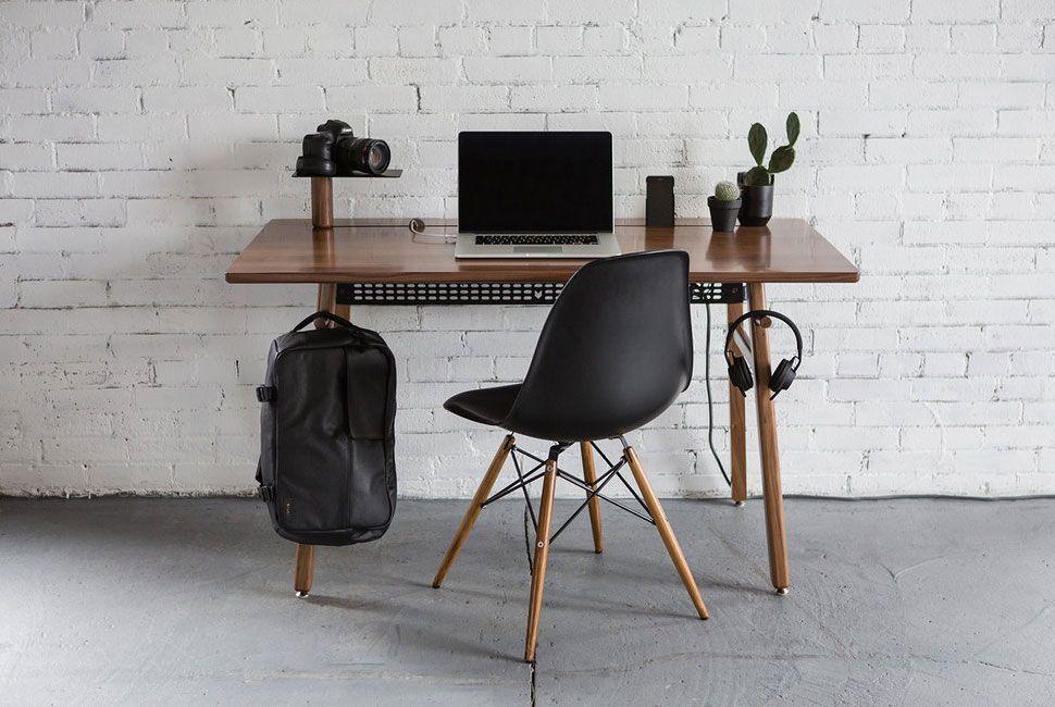 guys-of-xmas-designer-gear-patrol-desk