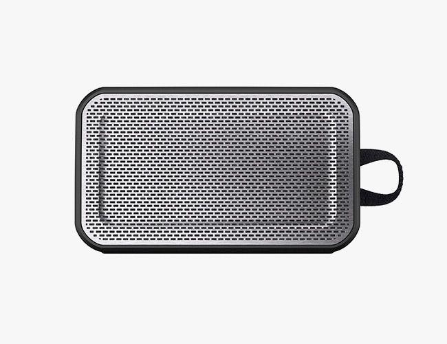 skullcandy-speaker-gear-patrol-xl
