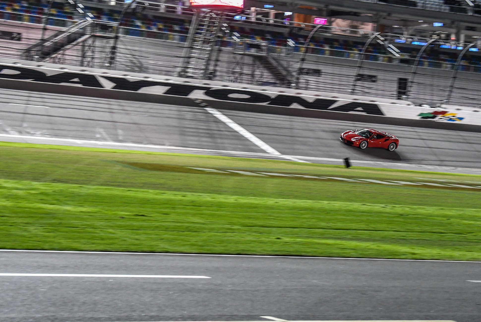 488-Daytona-Gear-Patrol-Slide-1