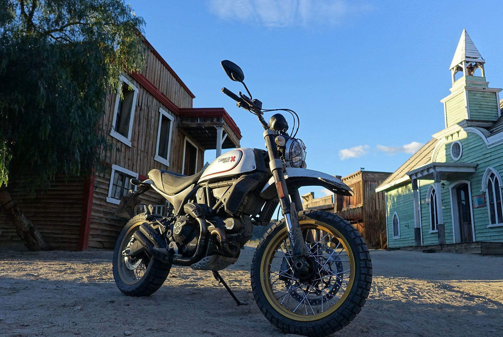 Ducati-Scrambler-Desert-Sled-Gear-Patrol-08
