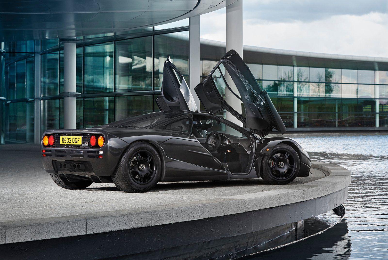 Mclaren F1-Gear-Patrol-Slide-04
