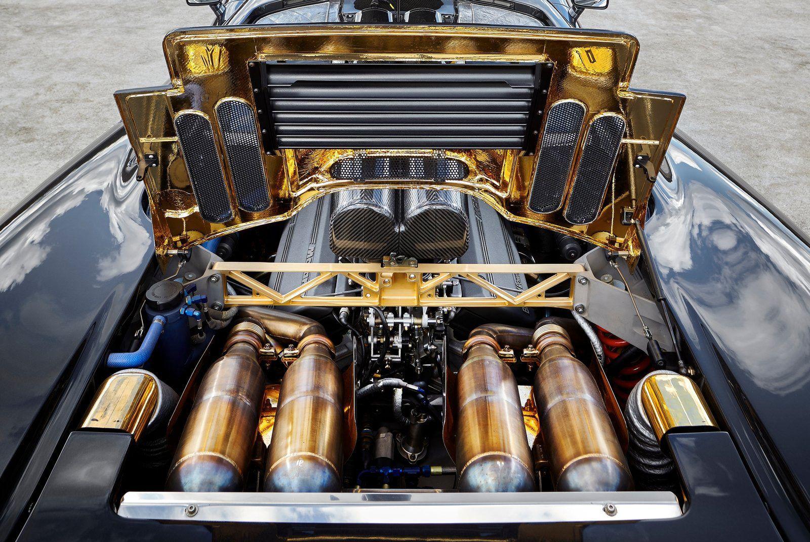 Mclaren F1-Gear-Patrol-Slide-06