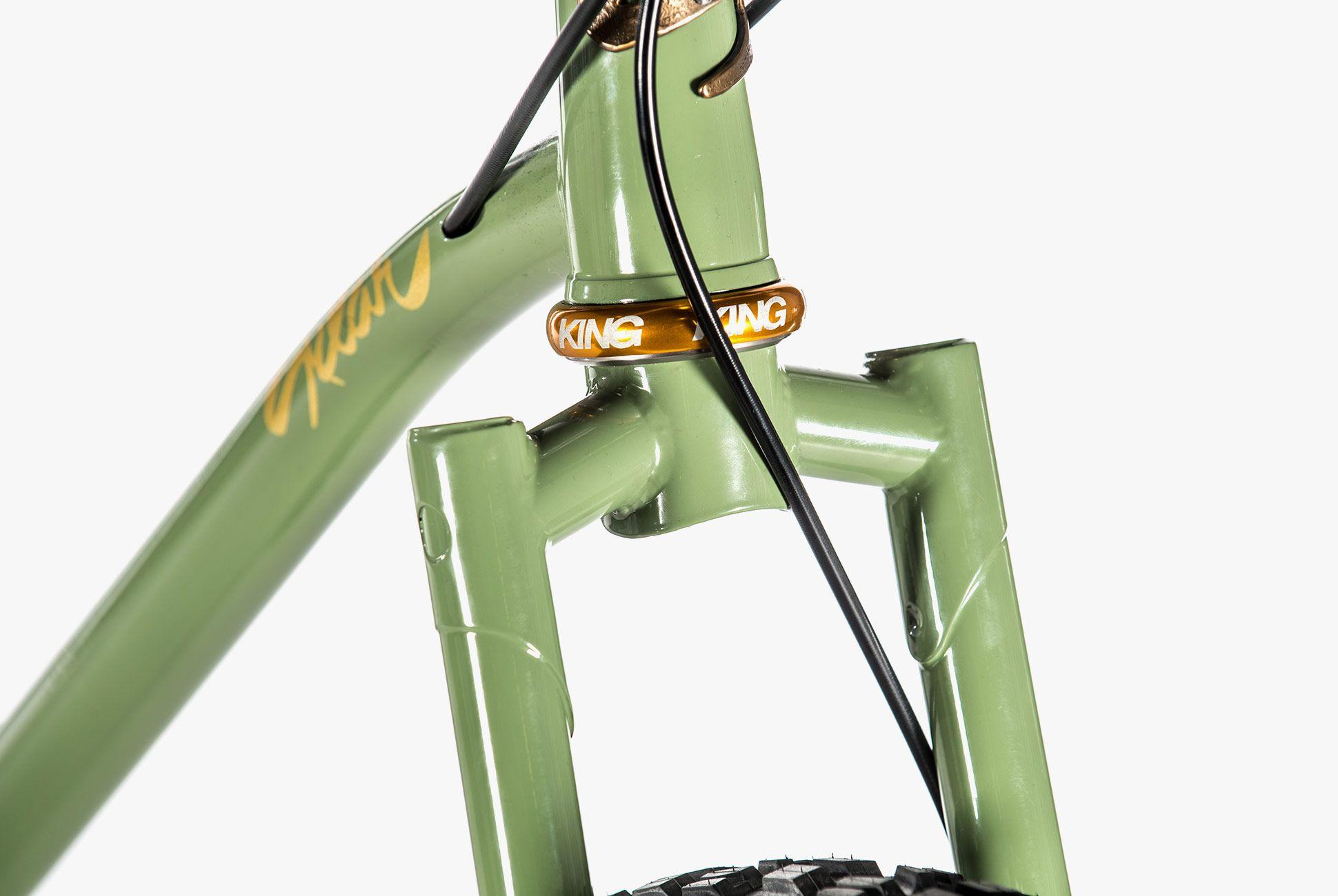 Bikes-From-NAHBS-Gear-Patrol-16
