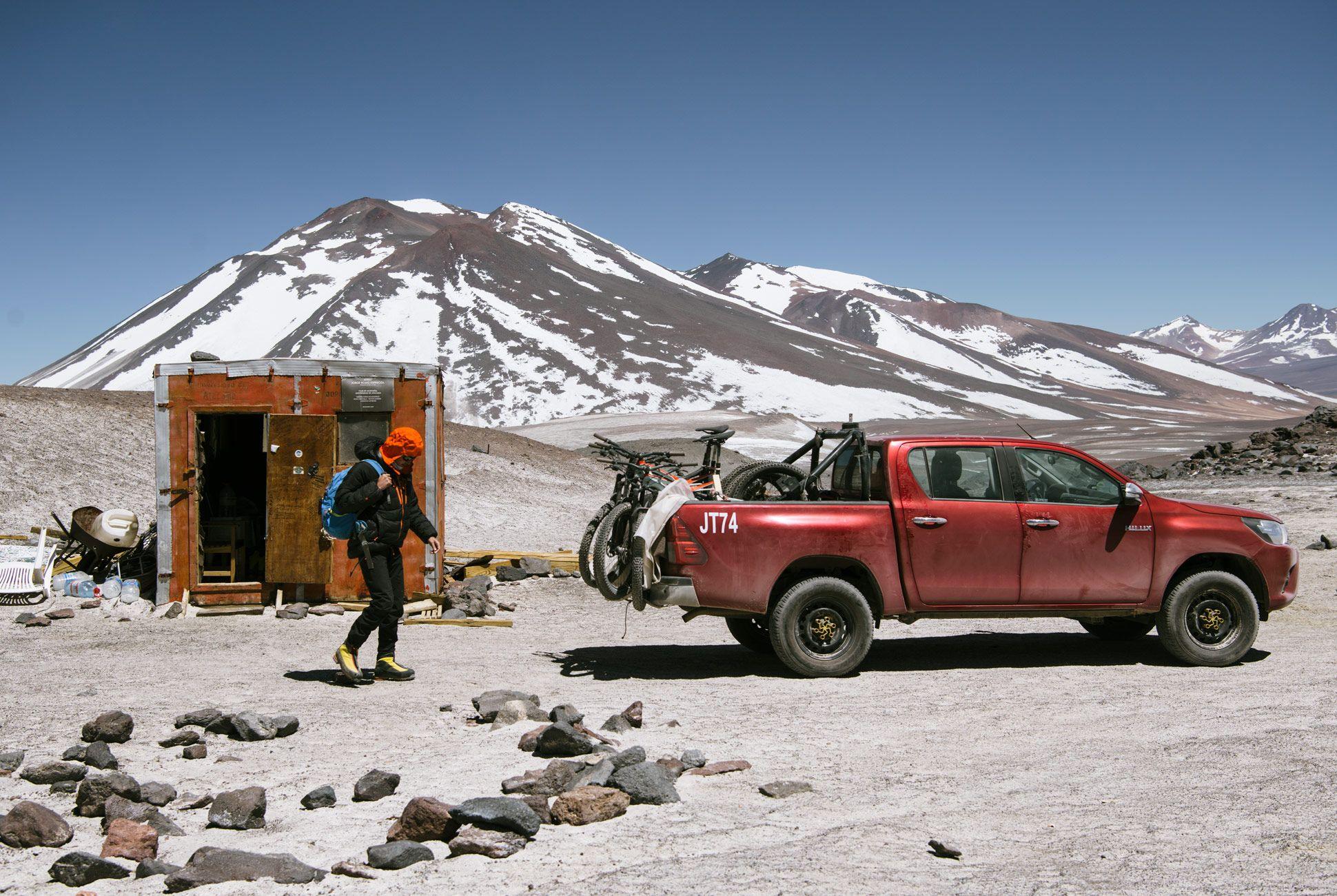 Volcano-Hike-Bike-Gear-Patrol-10