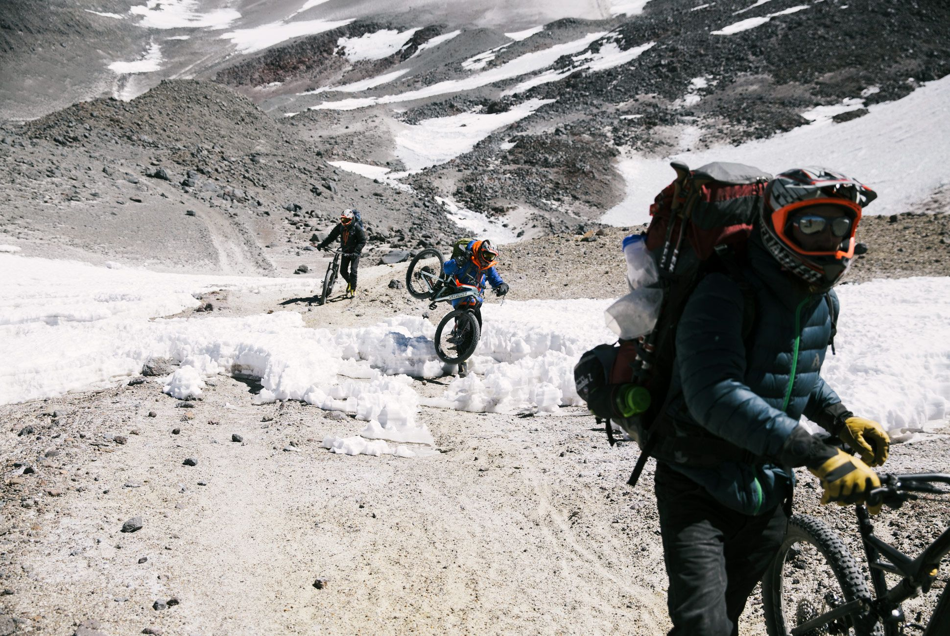 Volcano-Hike-Bike-Gear-Patrol-17