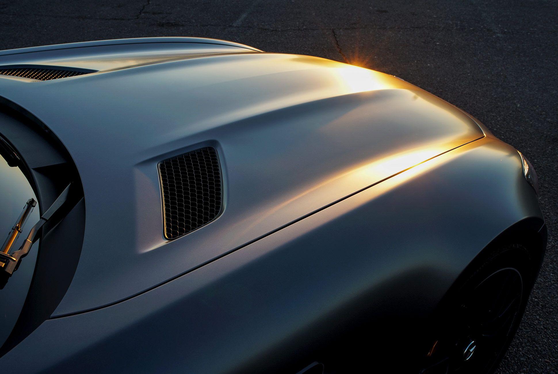 Mercedes-Benz-AMG-GT-C-Gear-Patrol-Ambiance-Slide-3