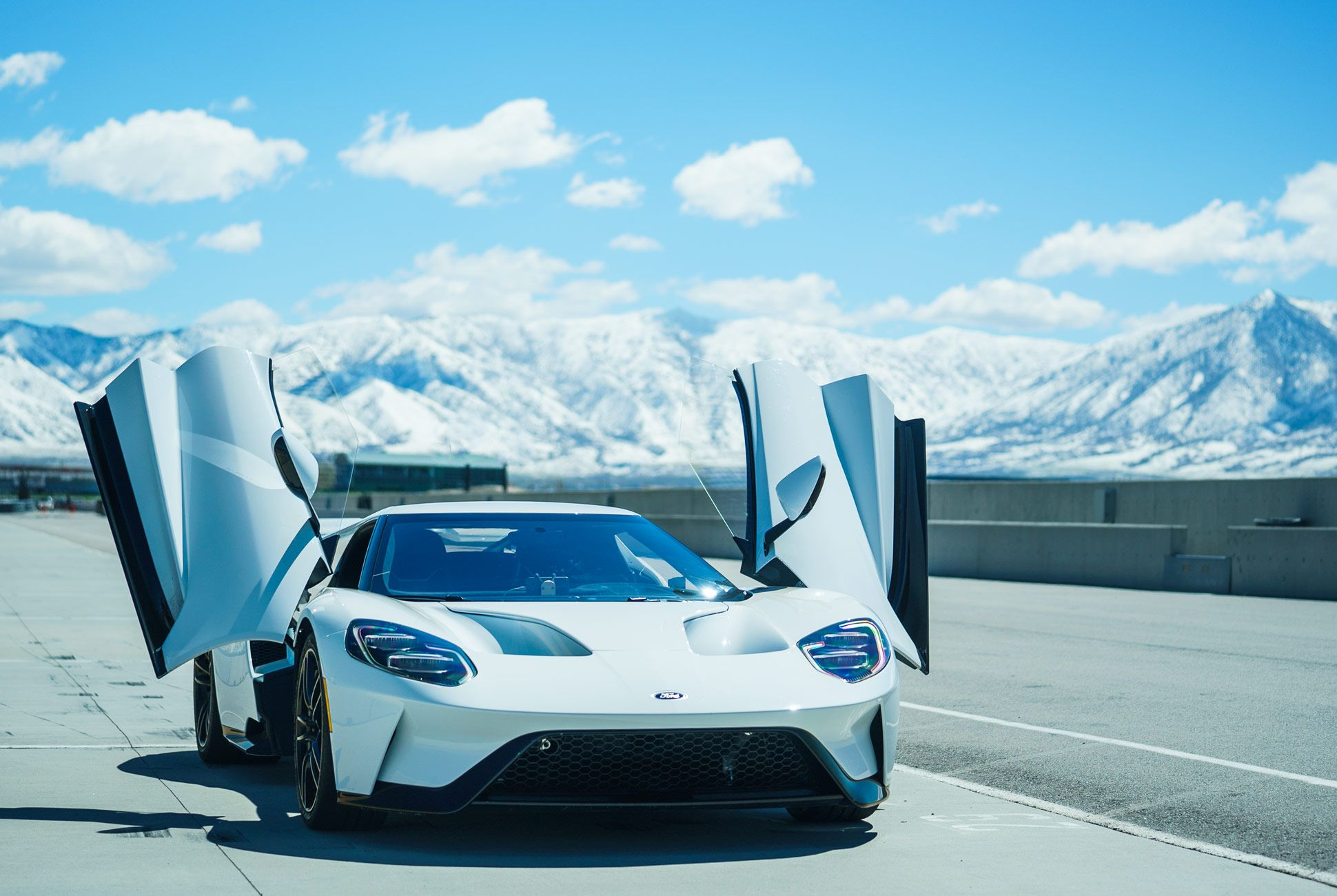 Ford-GT-Gear-Patrol-Slide-1