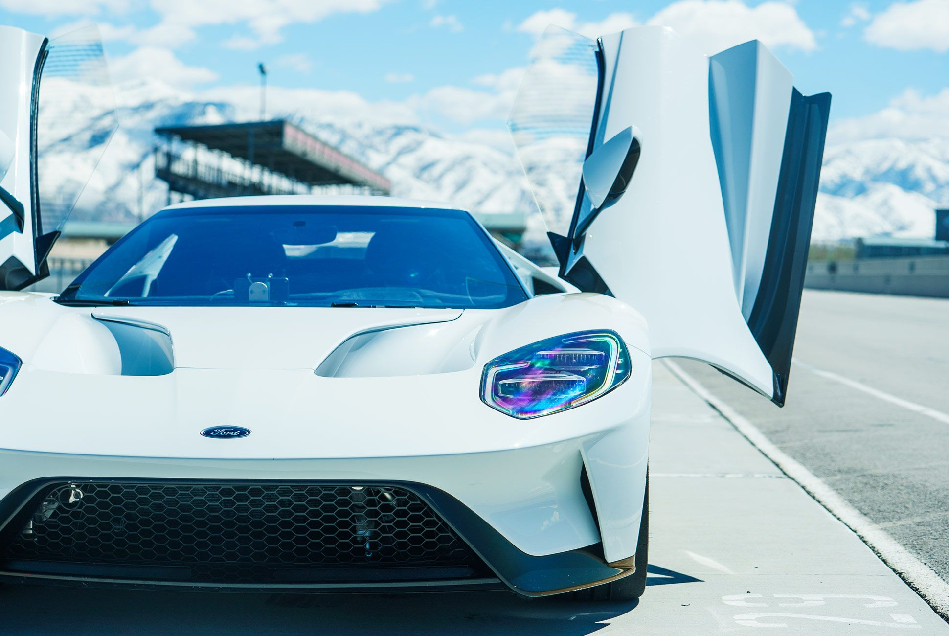 Ford-GT-Gear-Patrol-Slide-2