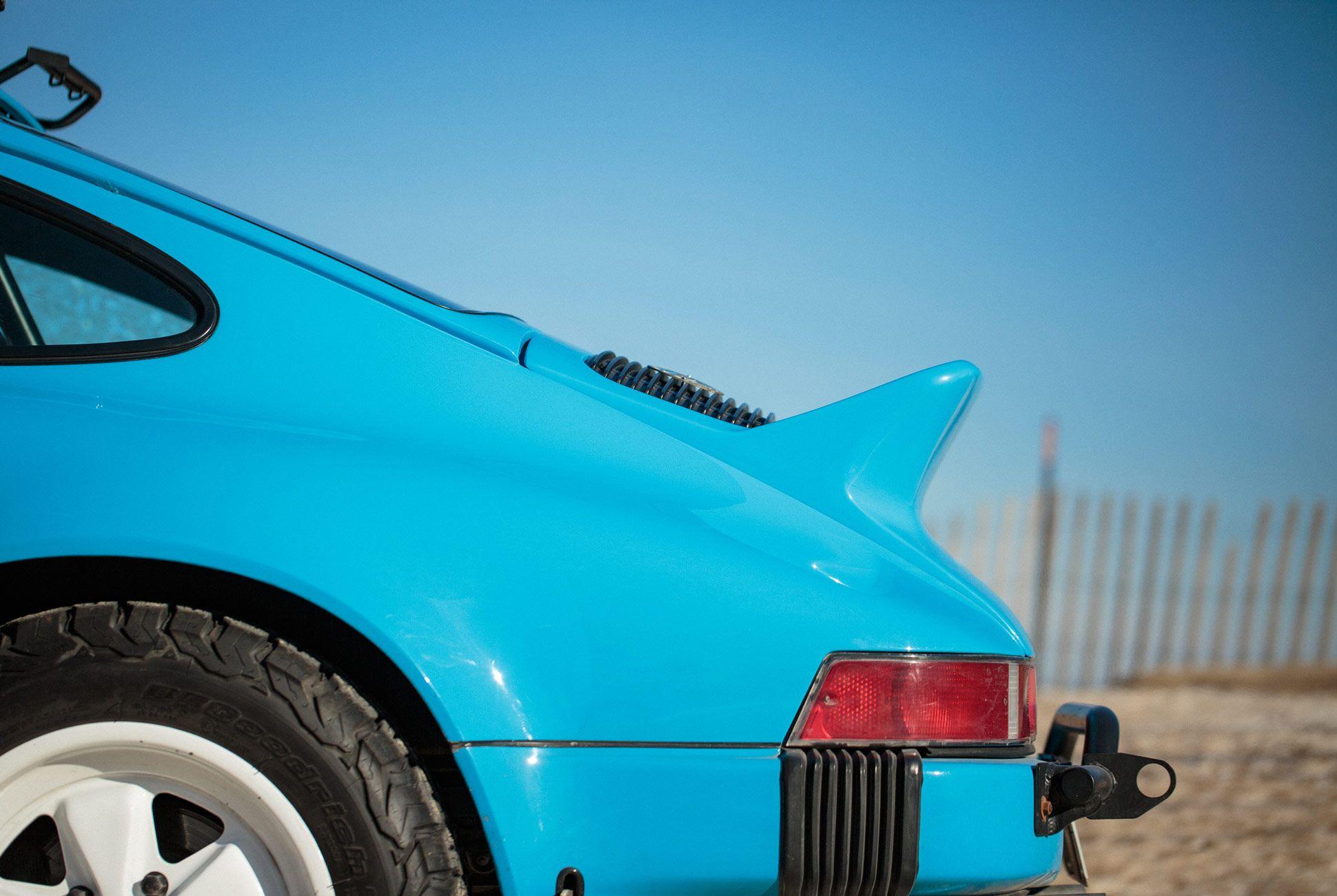 Restomod-Cars-Gear-Patrol-Porsche-Slide-6