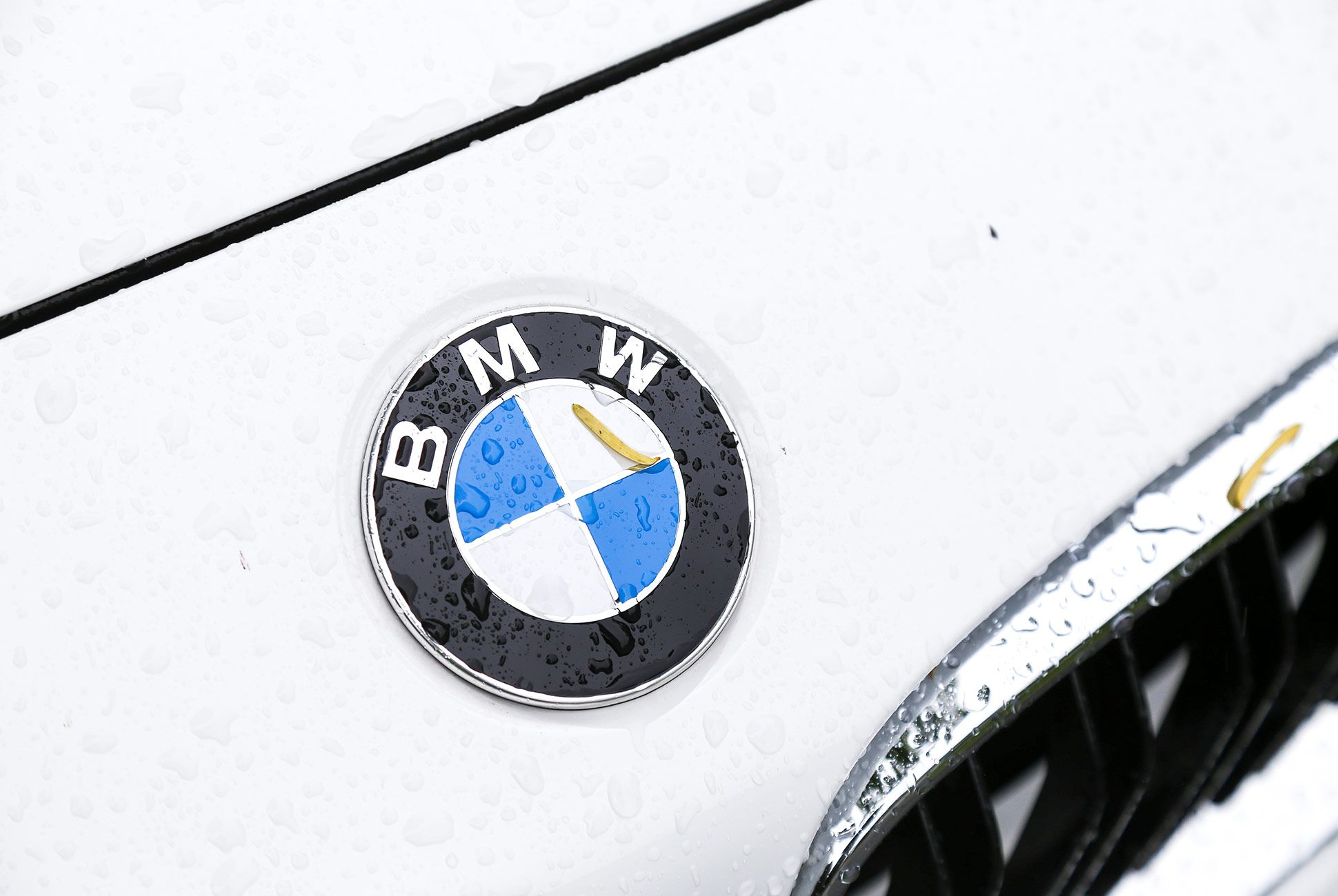 BMW-m2-gear-patrol-2