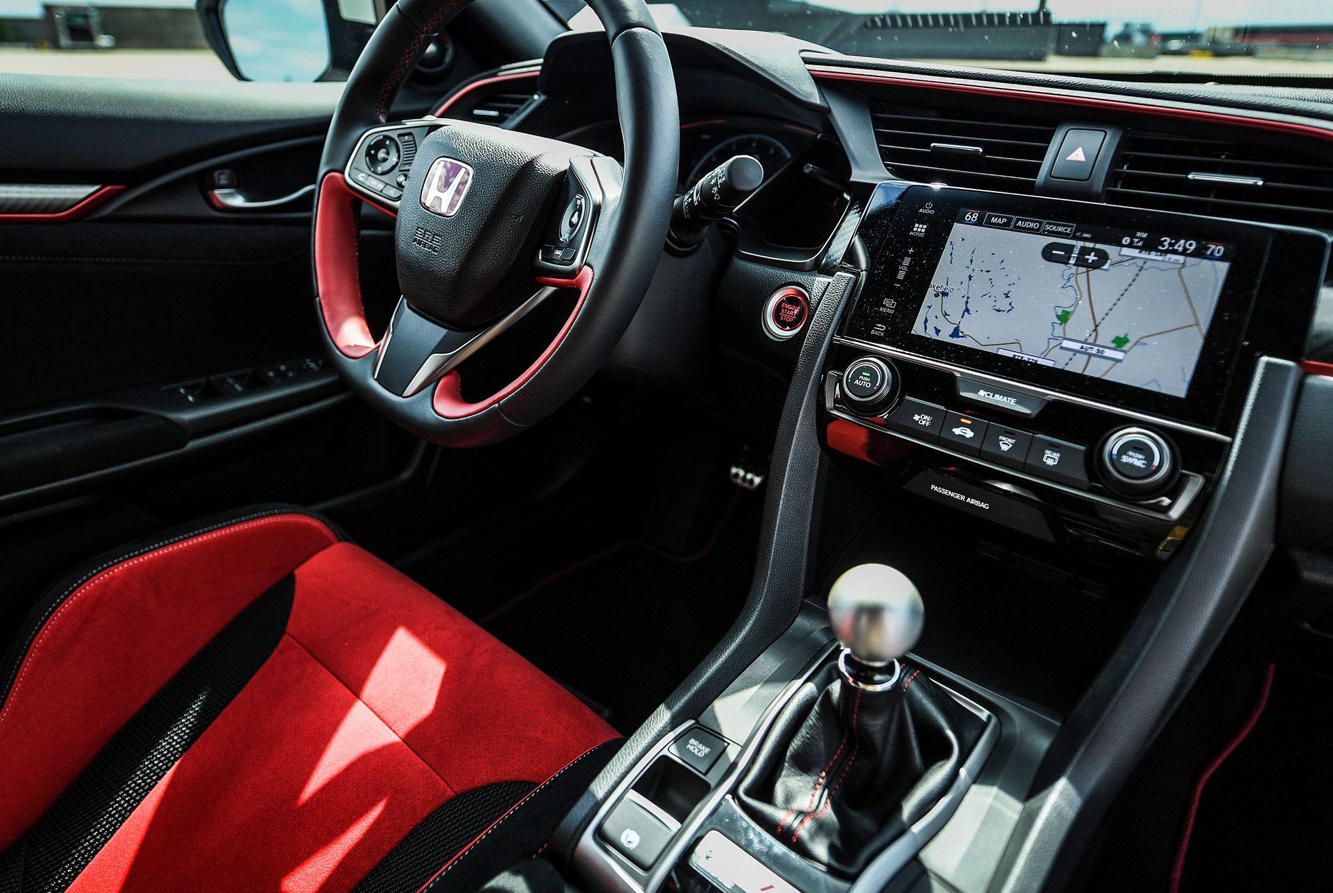 Honda-Civic-Type-R-2017-gear-patrol-3