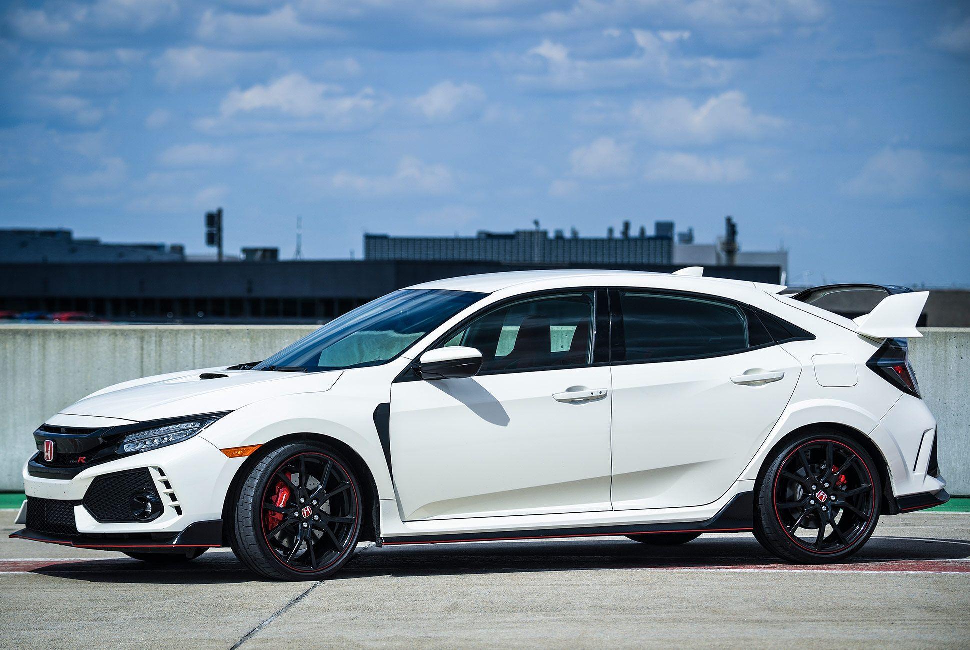 Honda-Civic-Type-R-2017-gear-patrol-5