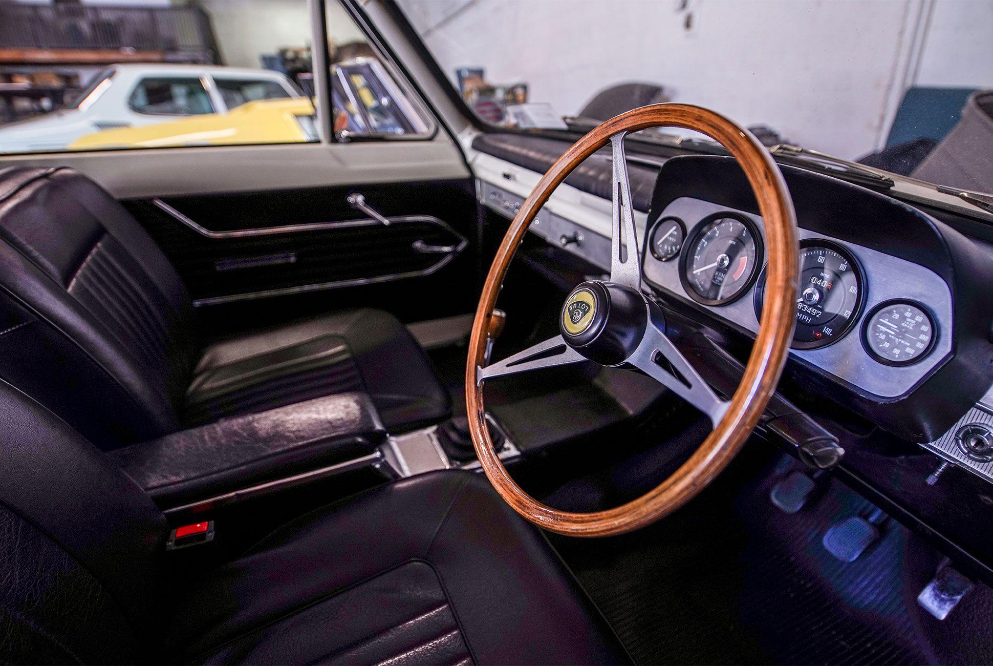 Vintage-Car-Collection-gear-patrol-4