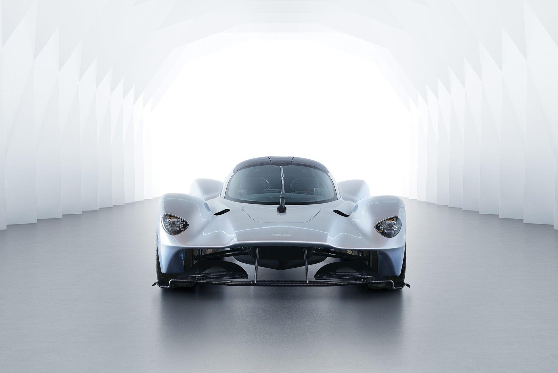 Aston-Martin-Valkyrie-Gear-Patrol-1