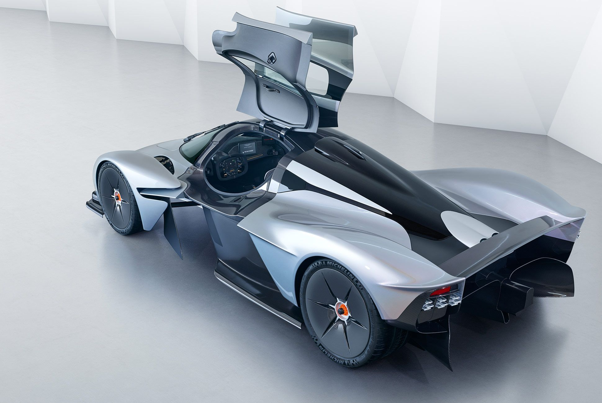 Aston-Martin-Valkyrie-Gear-Patrol-3