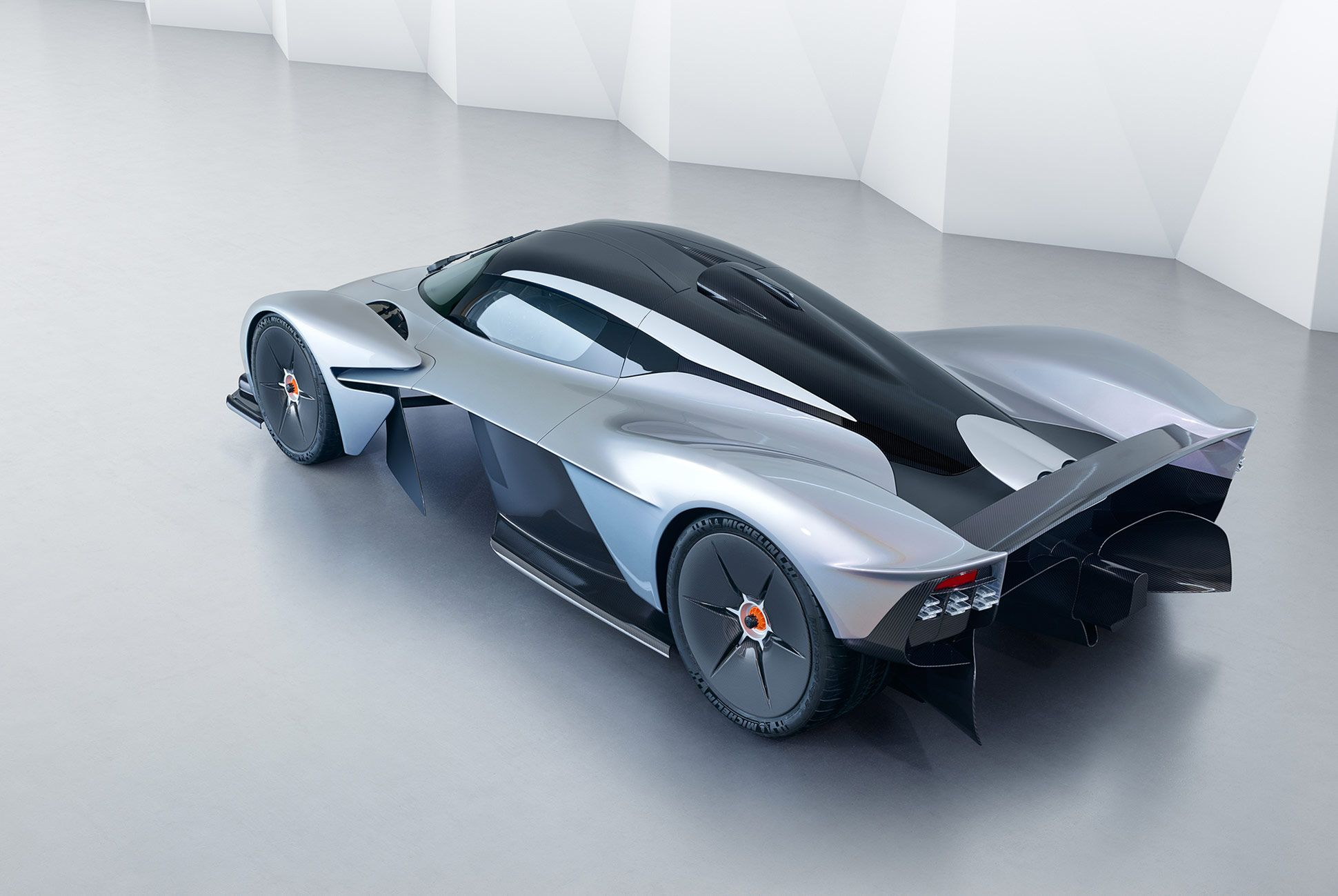 Aston-Martin-Valkyrie-Gear-Patrol-8