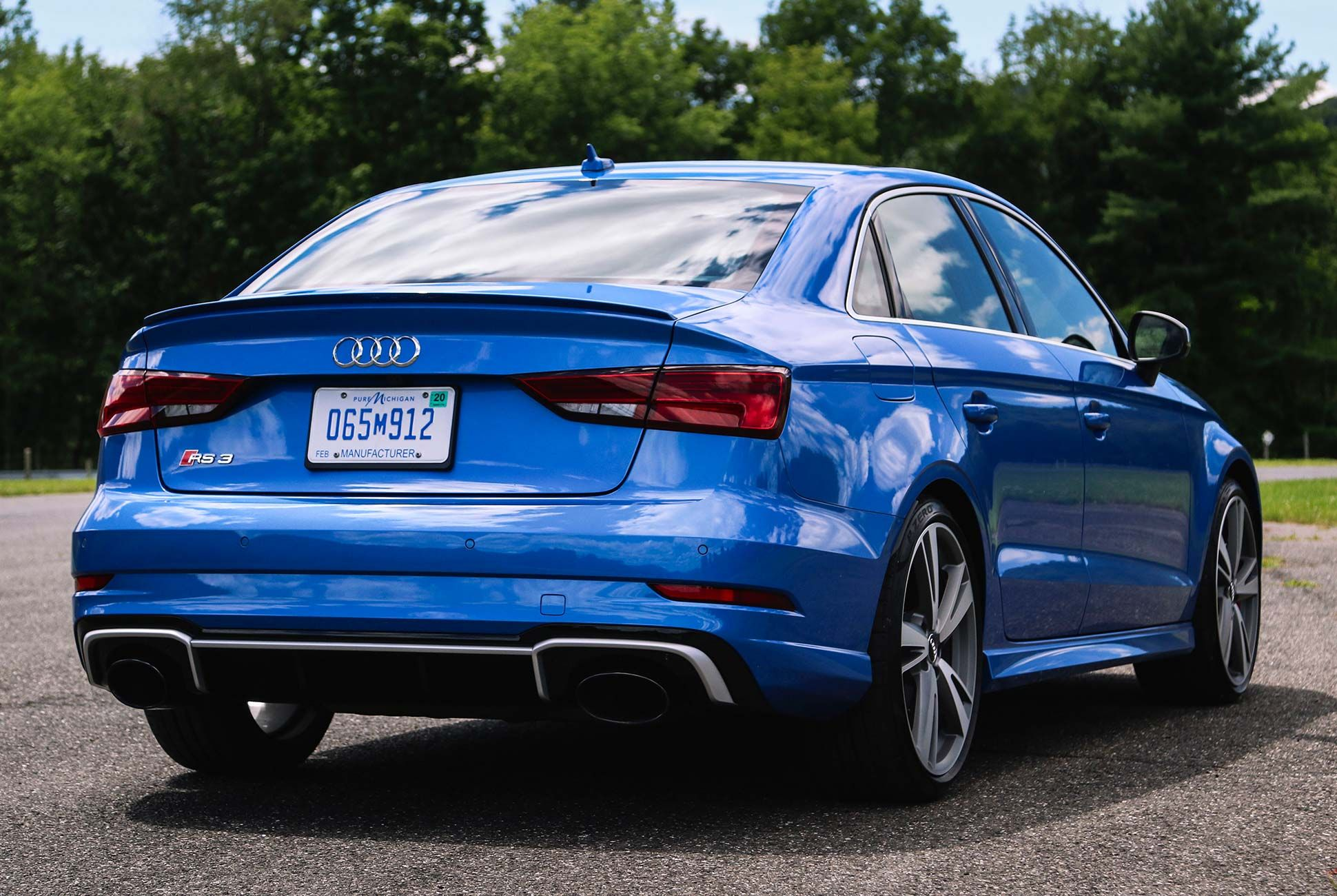 Audi-RS3-gear-patrol-slide-5