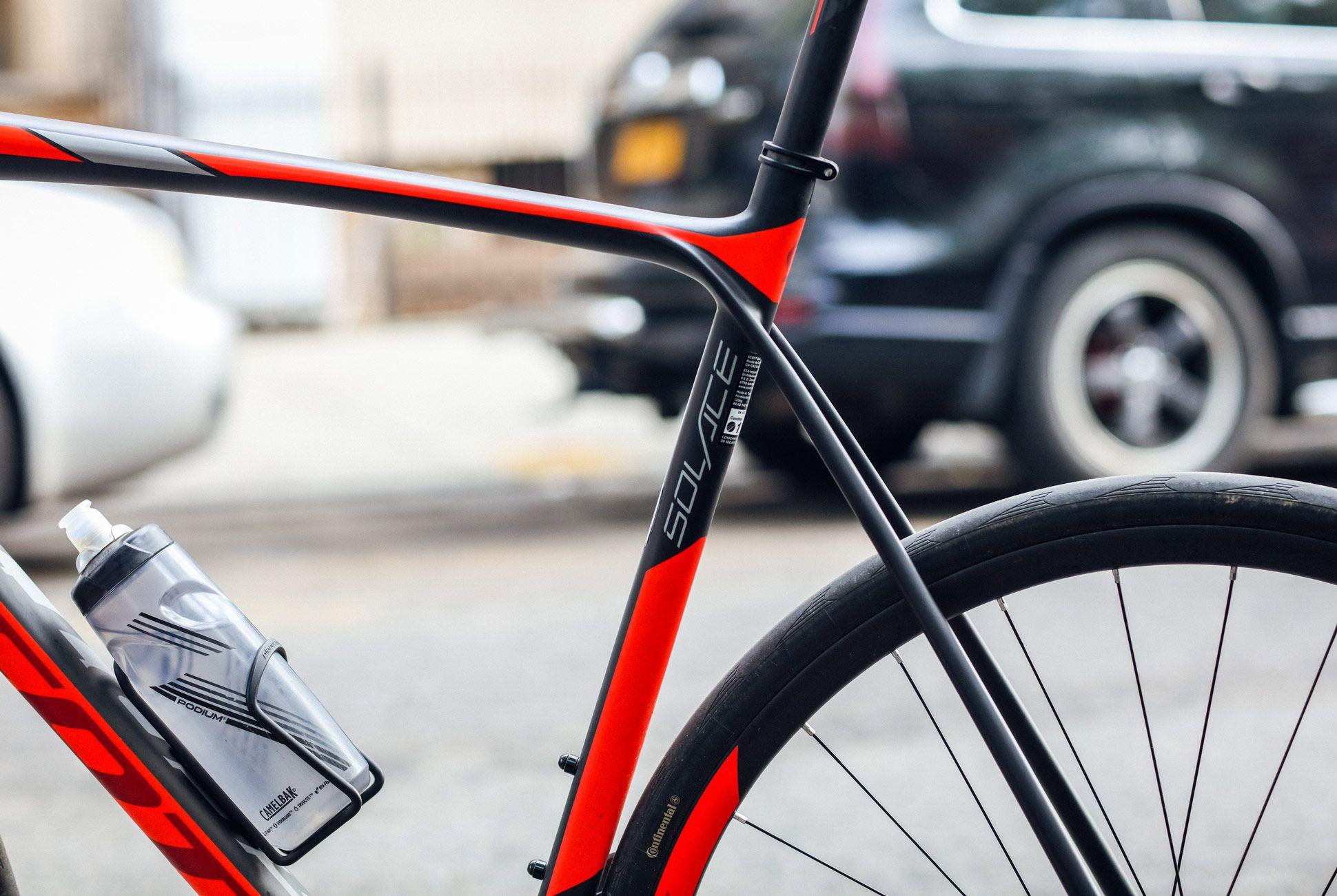 Staff-Picks-Road-Bikes-Gear-Patrol-Scott-3