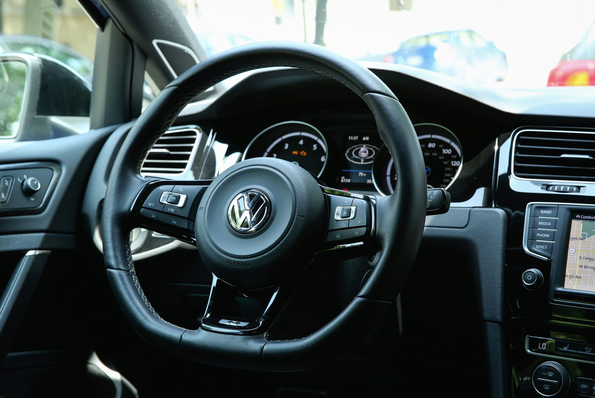 VW-Golf-R-Gear-Patrol-Slide-5