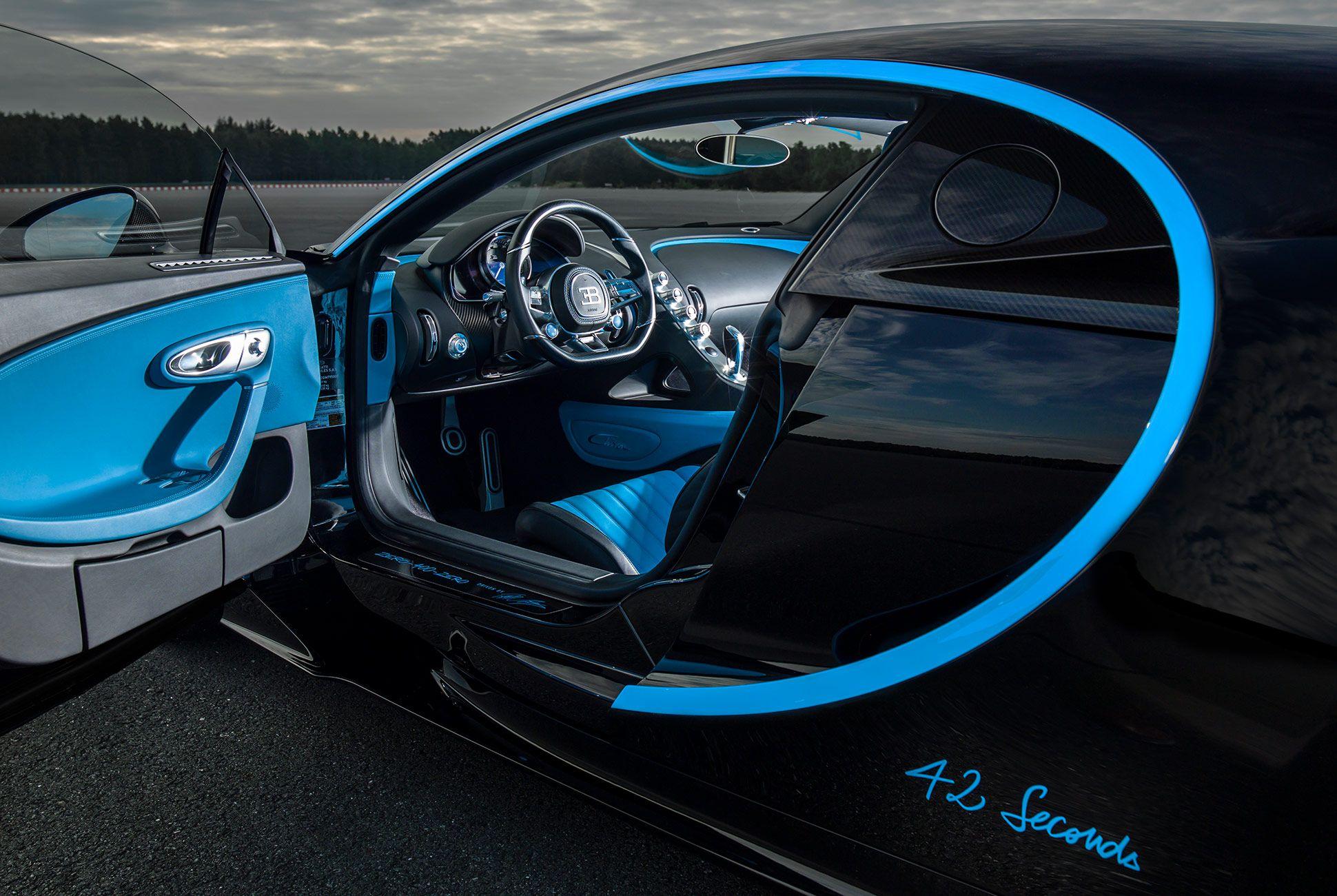 Bugatti-Chiron-gear-patrol-6