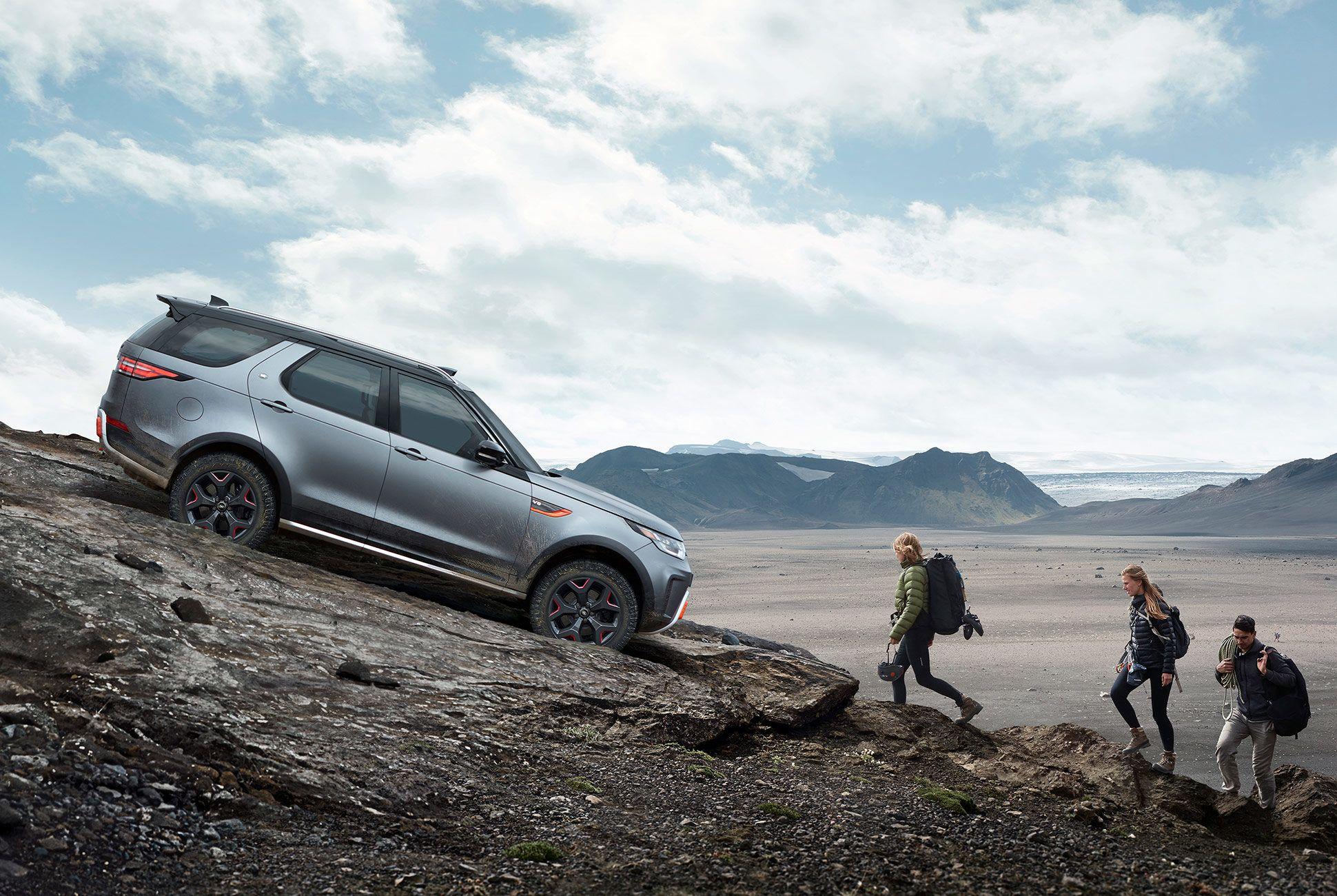 Land-Rover-Discovery-SVX-gear-patrol-2