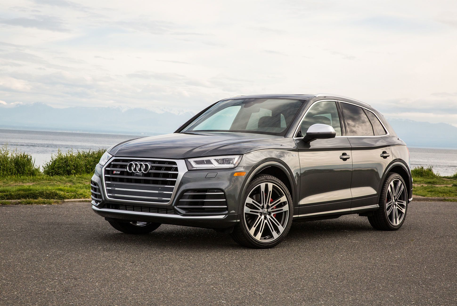 AUDI-SQ5-gear-patrol-slide-1