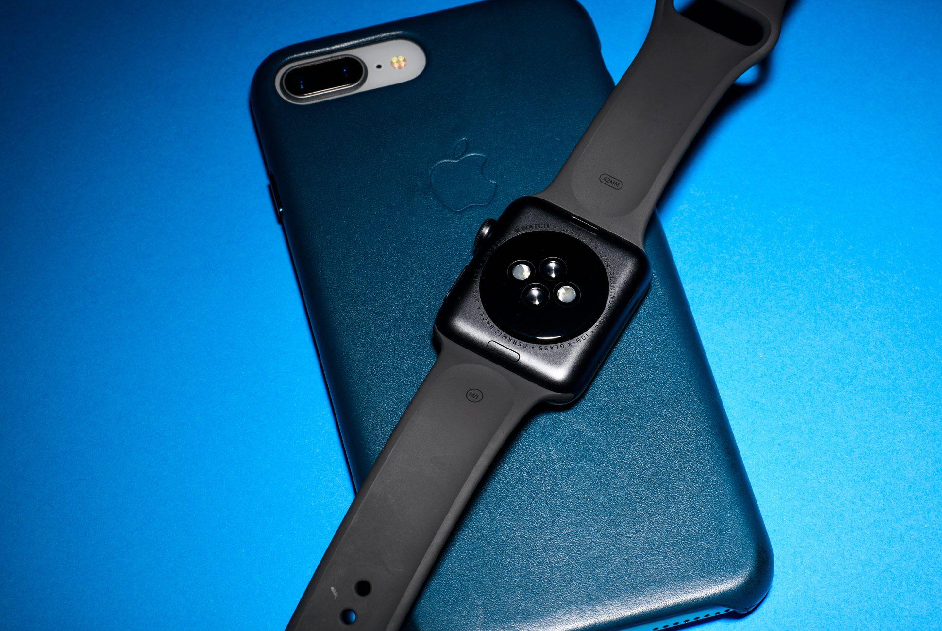 Apple-Watch-3-Gear-Patrol-Slide-4