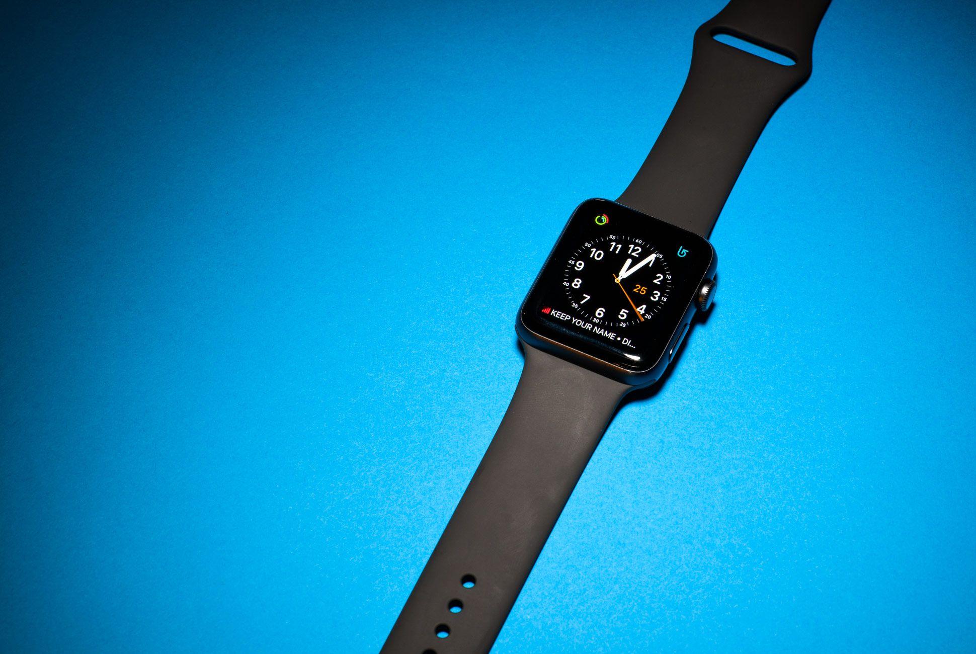 Apple-Watch-3-Gear-Patrol-Slide-5