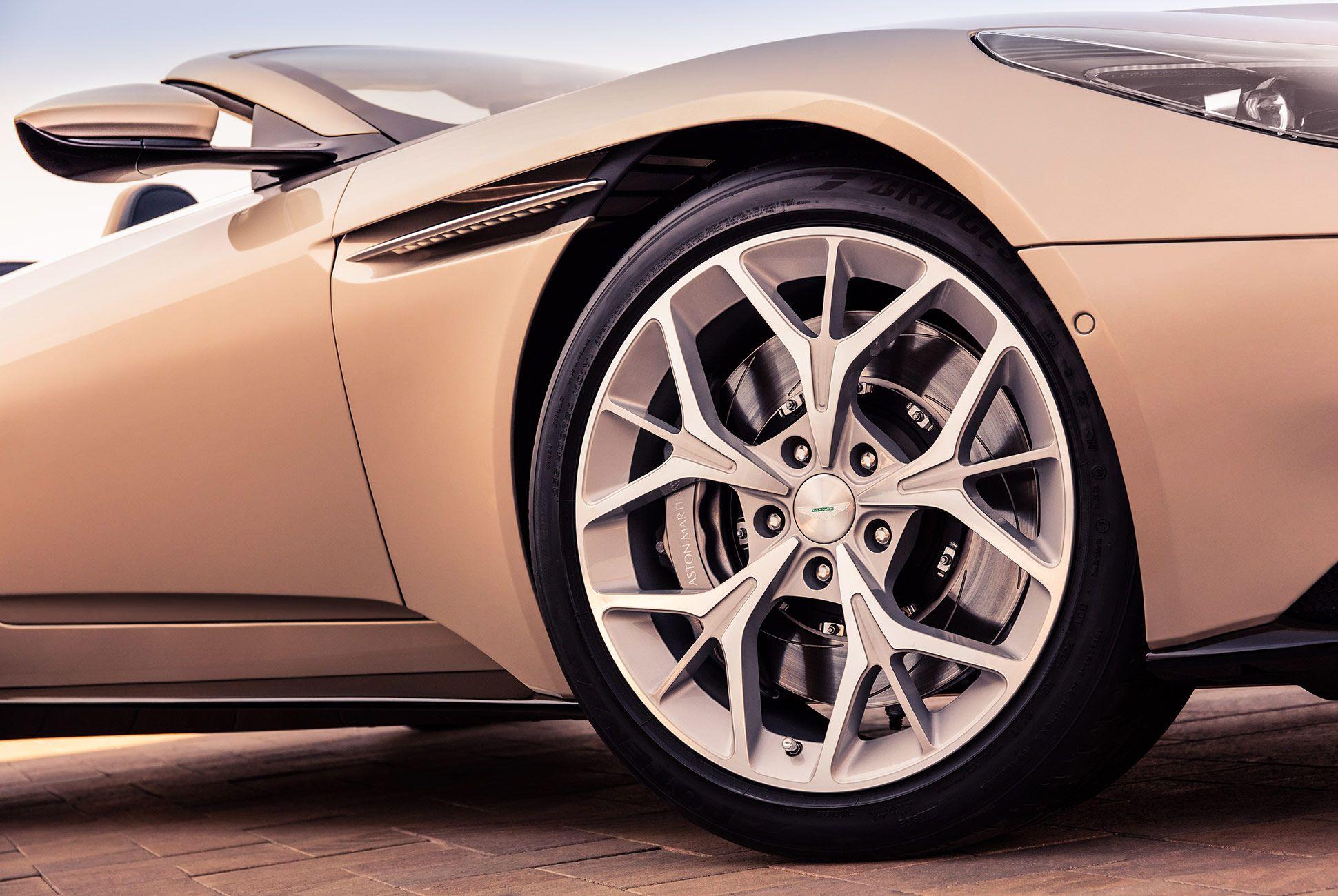 Aston-Martin-DB11-Volante-gear-patrol-10