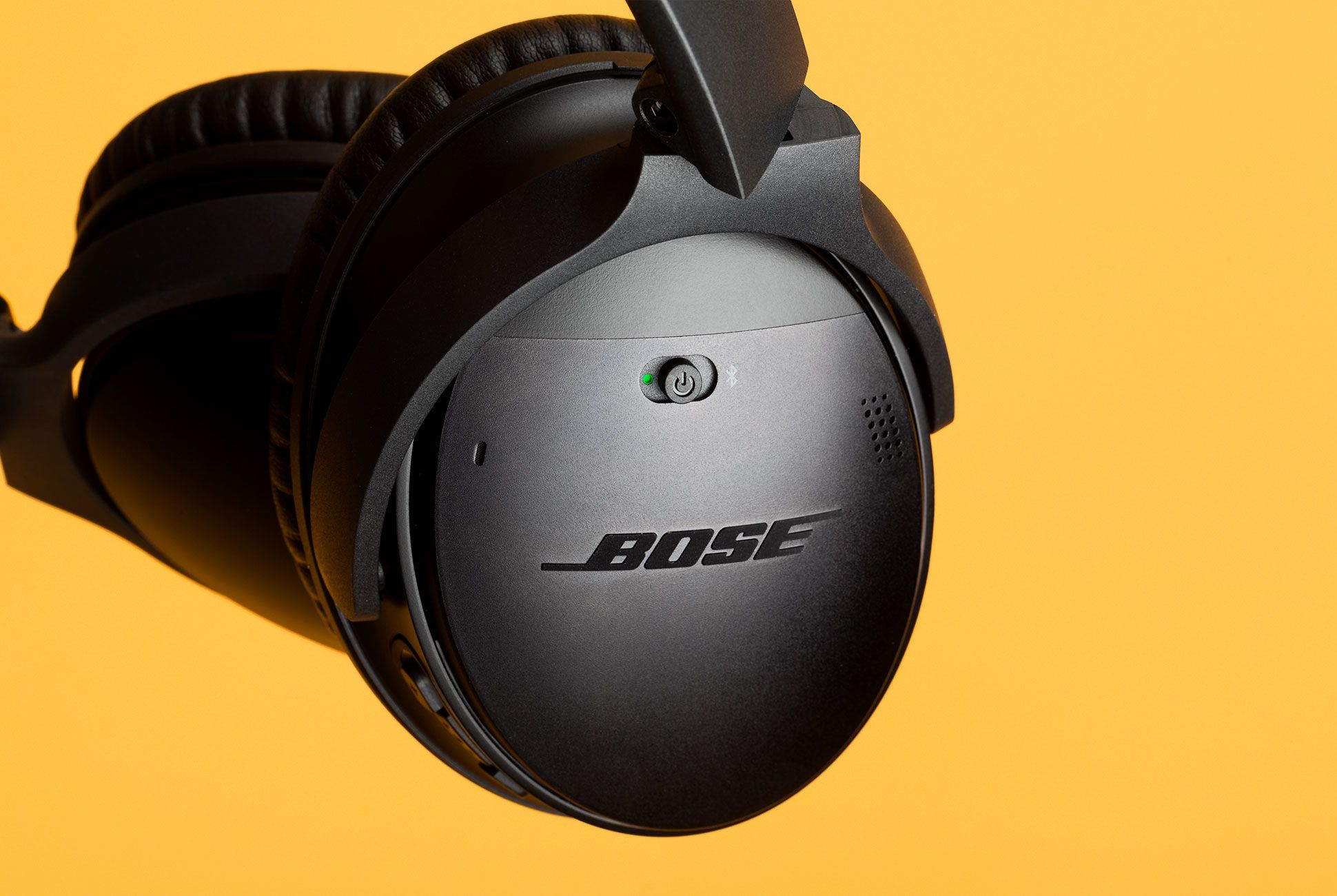 Bose-QC35-II-gear-patrol-slide-3