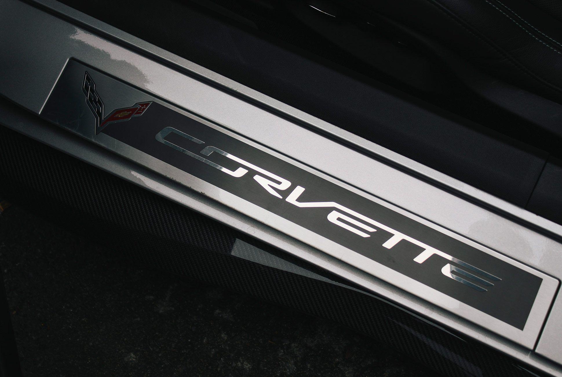 Corvette-2018-gear-patrol-11