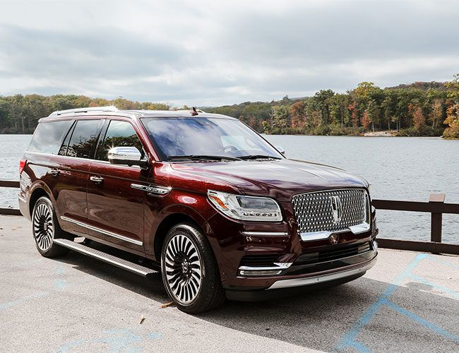 This Is the Best Large SUV You Can Buy Right Now
