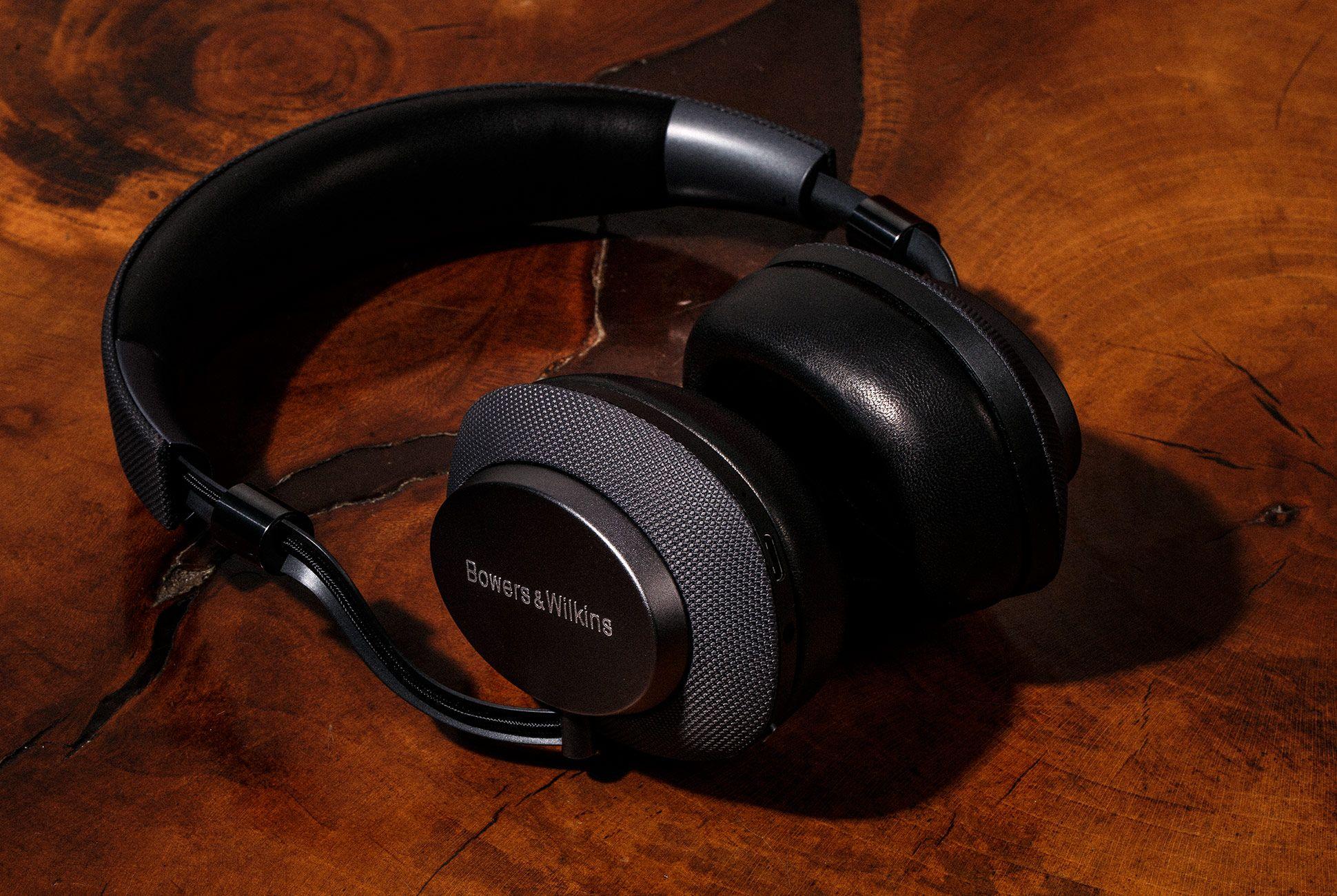 Bowers-Wilkins-PX-Headphones-gear-patrol-2