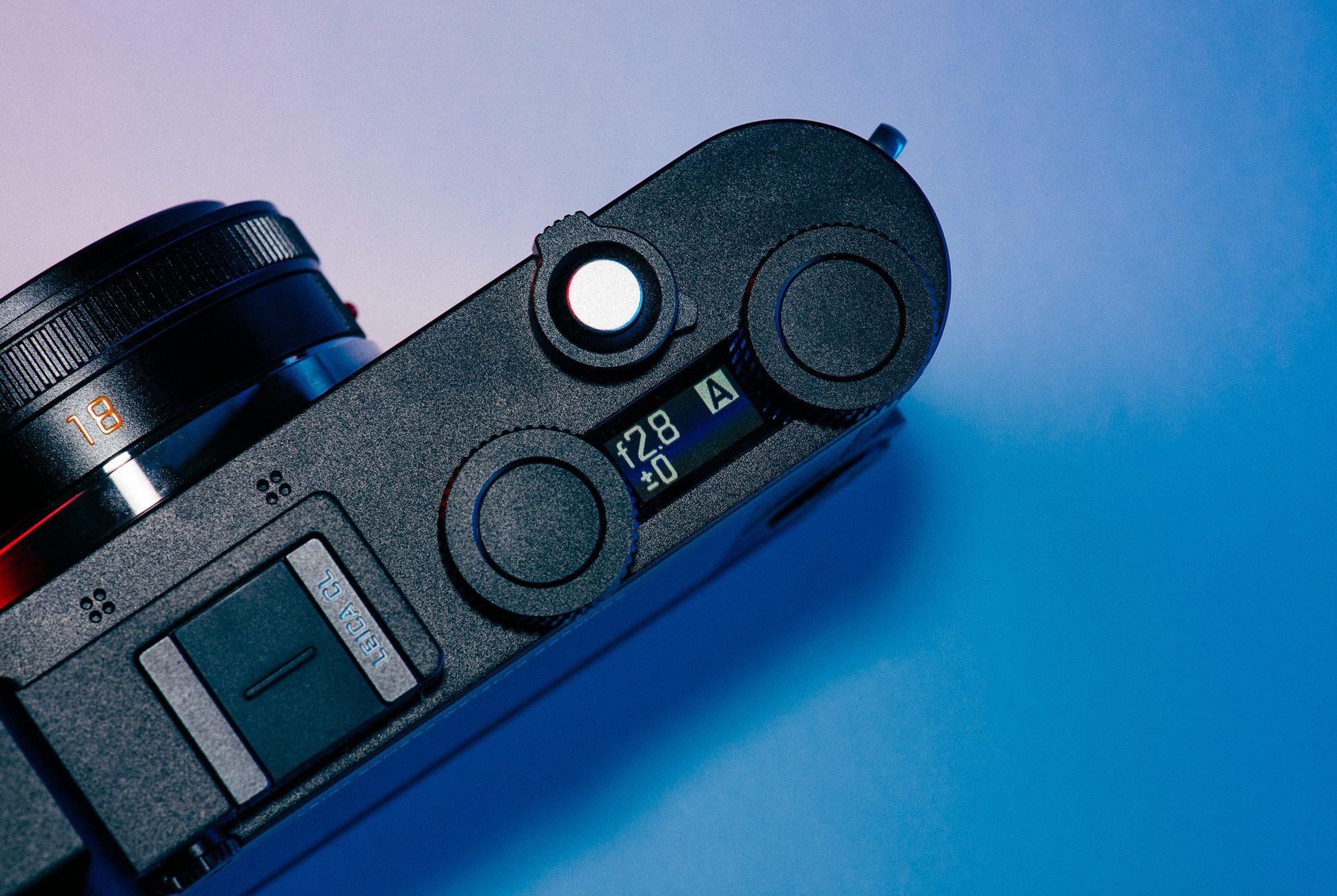 Leica-CL-Gear-Patrol-Slide-4