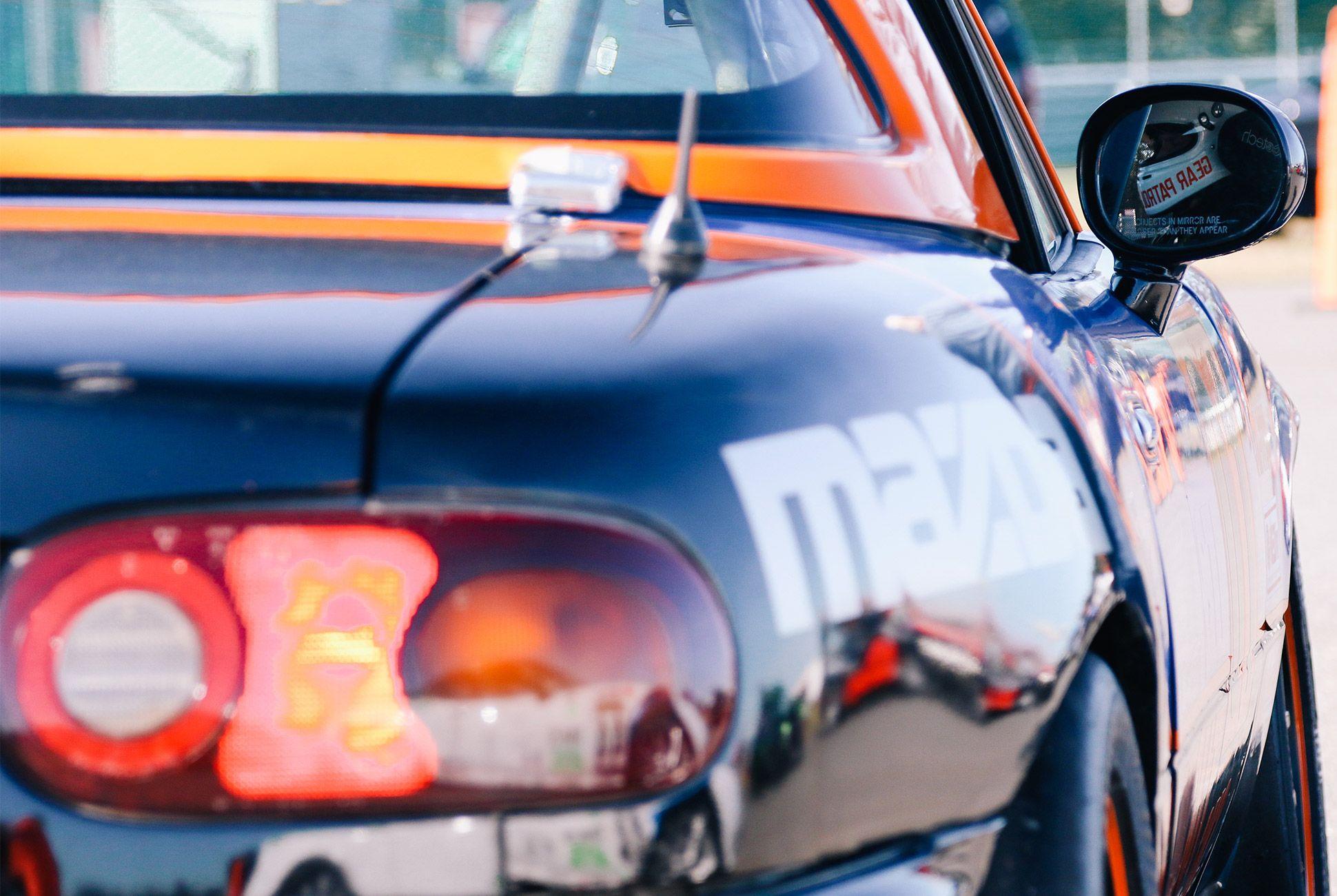 Mazda-Miata-The-Best-Vintage-Sportscar-gear-patrol-5