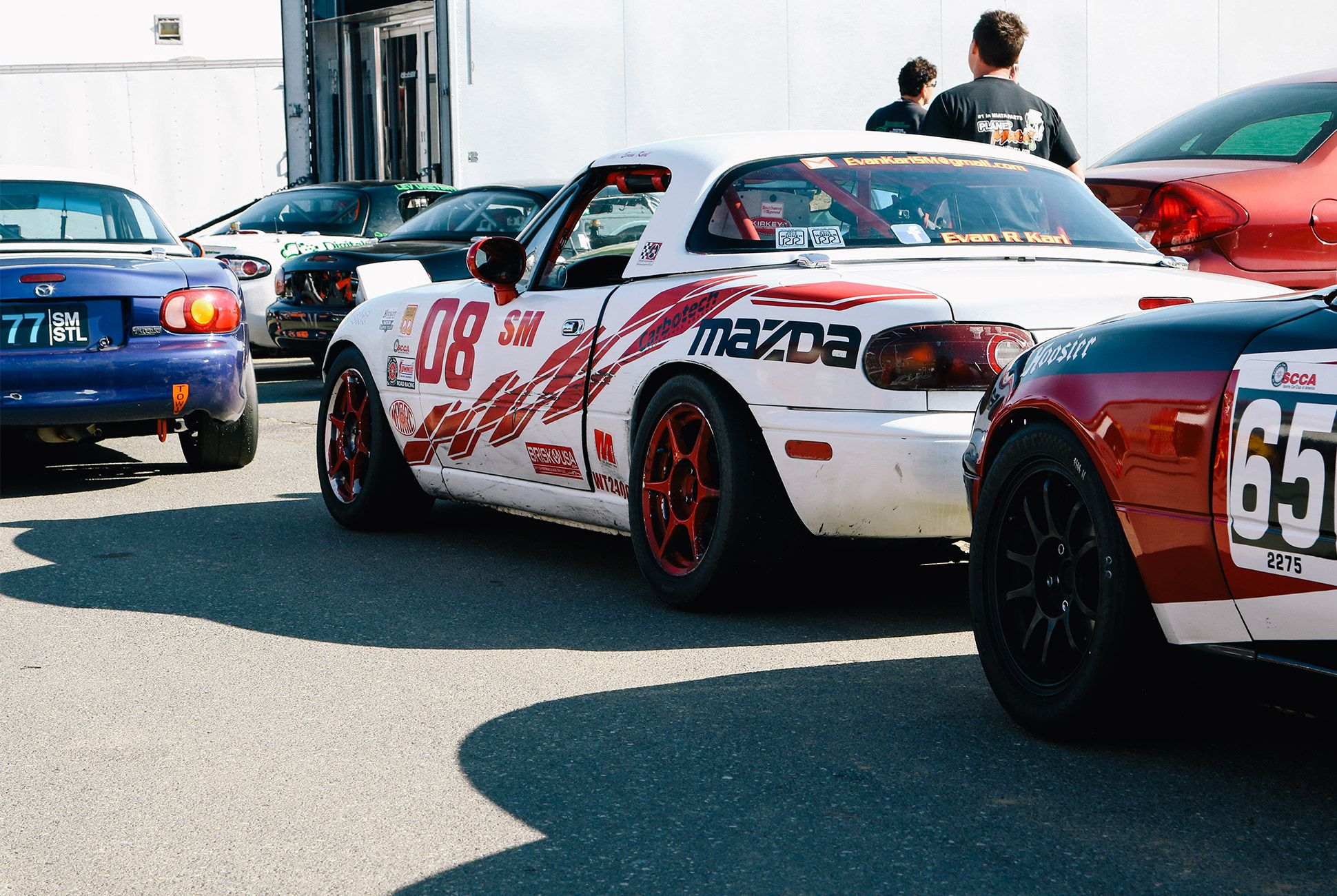 Mazda-Miata-The-Best-Vintage-Sportscar-gear-patrol-8
