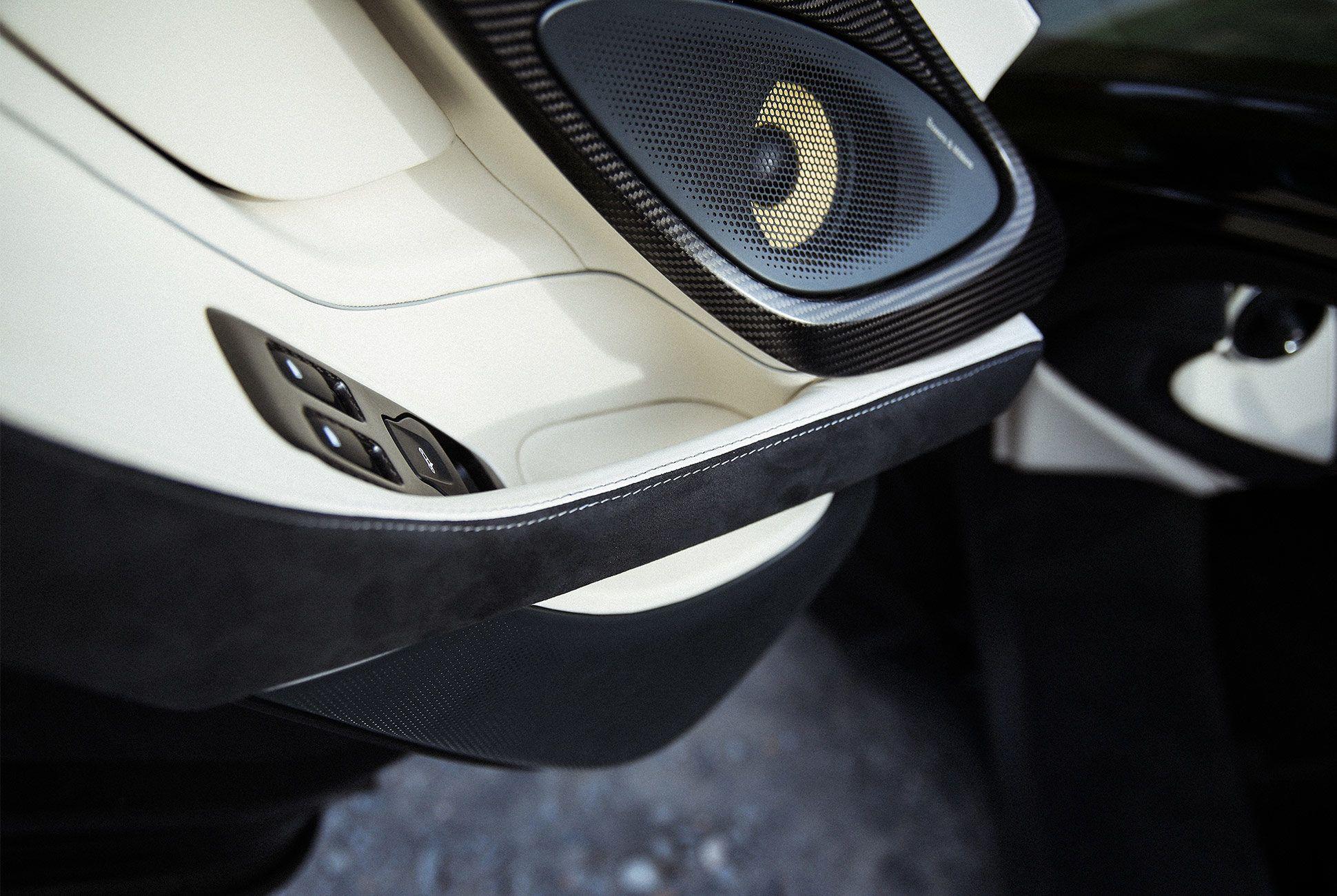 McLaren-570S-Spyder-gear-patrol-13