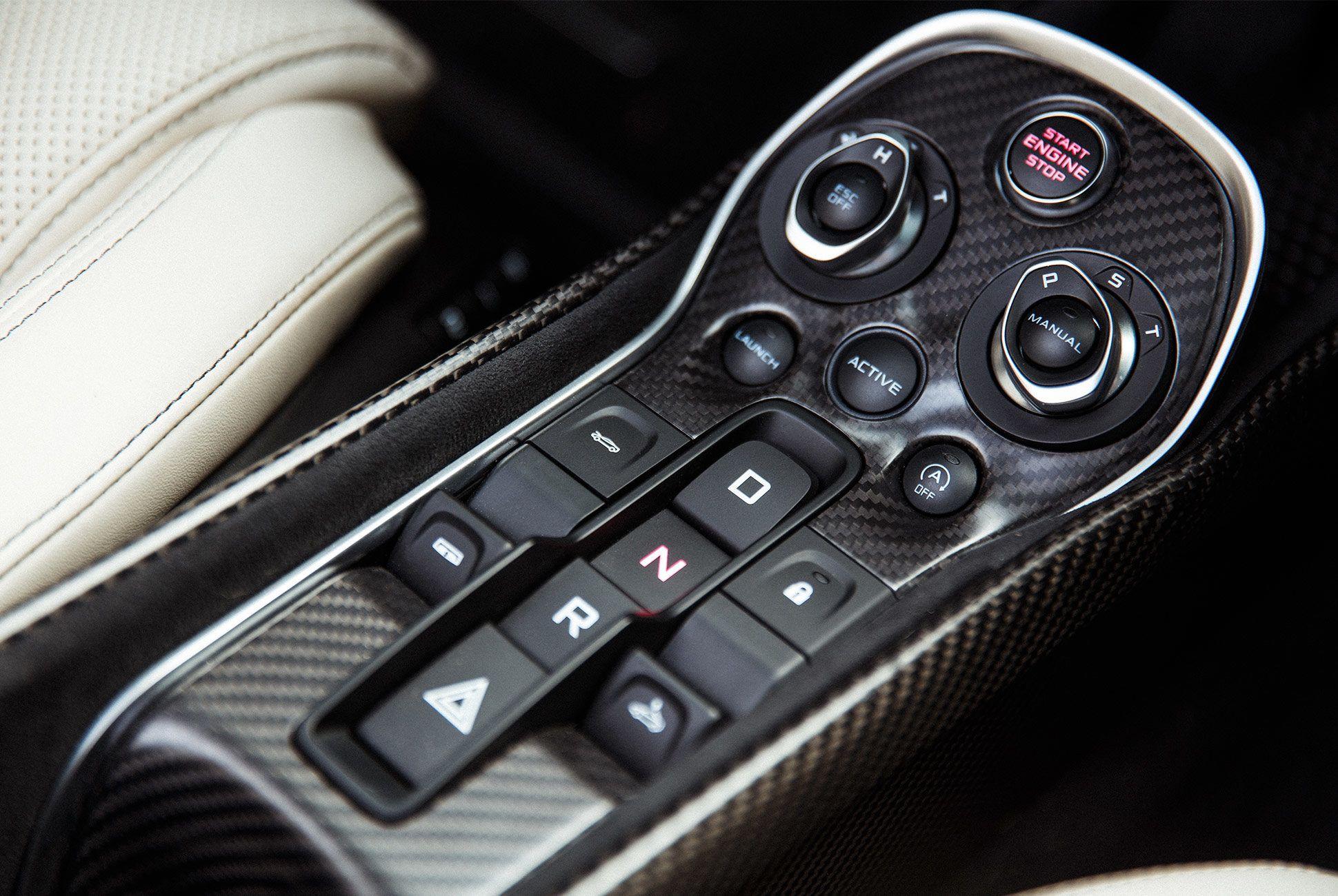 McLaren-570S-Spyder-gear-patrol-20