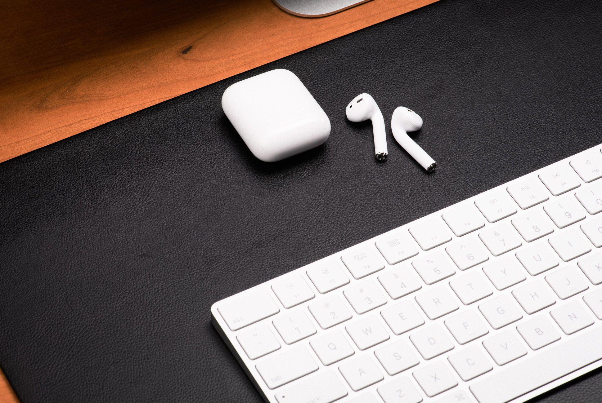 Ultimate-Desk-Setups-Gear-Patrol-Desktop-3