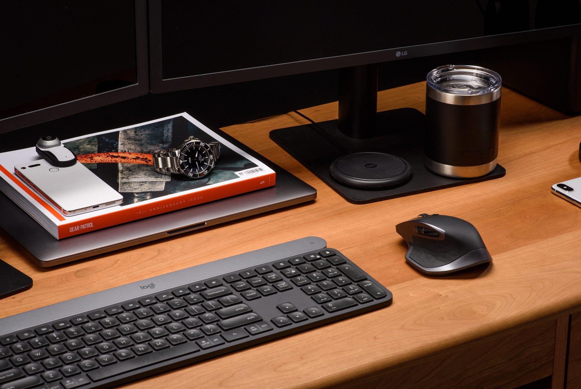 Ultimate-Desk-Setups-Gear-Patrol-Pro-3